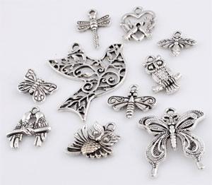 www.beadyourfashion.com - Mix metal beads and pendants/charms animals ± 15x11 - 37x33mm (hole ± 1-2mm)