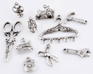 Mix metal pendants/charms various ± 15x10 - 42x18mm (hole ± 1 - 6x10mm)