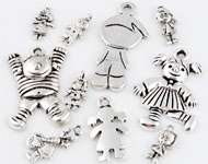 Mix metal pendants/charms dolls ± 16x8 - 41x19mm (hole ± 2-3mm)