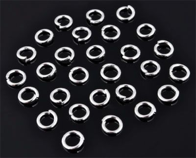 www.beadyourfashion.com - Metal jump rings ± 6mm and ± 1mm thick (± 95 pcs.)