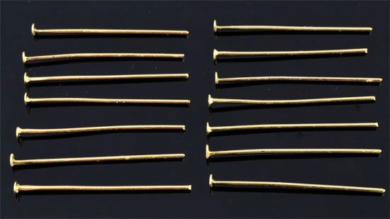 www.beadyourfashion.com - Metal head pins ± 30mm and ± 1mm thick (± 145 pcs.)