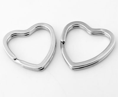 www.beadyourfashion.nl - Metalen sleutelhangers ring hartvormig ± 31mm