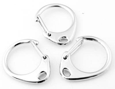 www.beadyourfashion.com - Metal key fobs/clasps ± 33x27mm (hole ± 2,5x4mm)