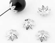 Metal caps filigree flower ± 8mm, ± 1mm thick (± 170 pcs.)