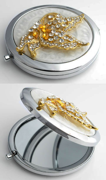 www.beadyourfashion.com - Metal pocket-mirror with two mirrors (1x normal en 1x increasing) decorated with butterfly, epoxy and strass ± 77x70mm
