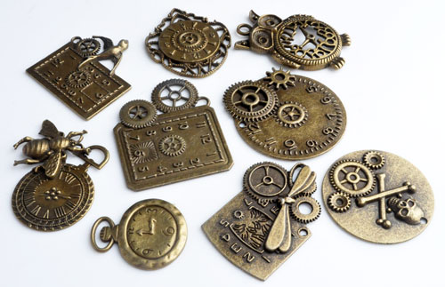 www.beadyourfashion.com - Mix metal pendants/charms clocks decorated,