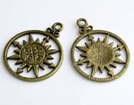 Metal pendants/charms wind rose decorated,