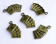 Metal pendants/charms playing cards decorated ± 24x13mm
