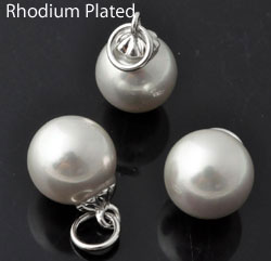 www.beadyourfashion.com - Mother of pearl pendant/charm pearl round, with messing pendant bail rhodium plated ± 22x12mm
