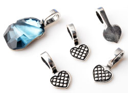 www.beadyourfashion.com - Metal pendants/charms heart decorated, with large hole ± 21x10mm (hole ± 8x5mm) for stone with flat back (suitable for SWAROVSKI ELEMENTS 4787 ± 19x13mm)