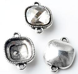 www.beadyourfashion.nl - Metalen hangers/tussenzetsels vierkant bewerkt ± 21x15mm met kastje voor SWAROVSKI ELEMENTS 4470 ± 12mm Fancy Stone