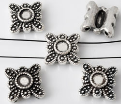 www.beadyourfashion.com - Metal dividers flower decorated ± 12x12mm with setting for SWAROVSKI ELEMENTS 2058 SS16 (± 3,9mm) flat back