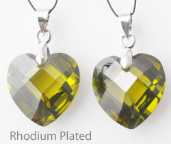 www.beadyourfashion.com - Cubic zirconia pendant/charm heart faceted, with brass pendant bail rhodium plated ± 25x16mm