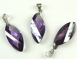www.beadyourfashion.com - Cubic zirconia pendant/charm oval waving faceted, with brass pendant bail rhodium plated ± 32x10mm