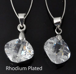 www.beadyourfashion.com - Cubic zirconia pendant/charm diamond-shaped faceted, with brass pendant bail rhodium plated ± 21x12mm