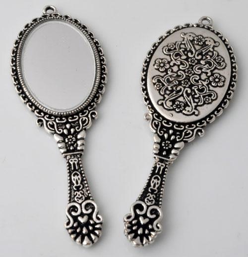 www.beadyourfashion.nl - Metalen hangers/bedels spiegel bewerkt ± 74x26mm