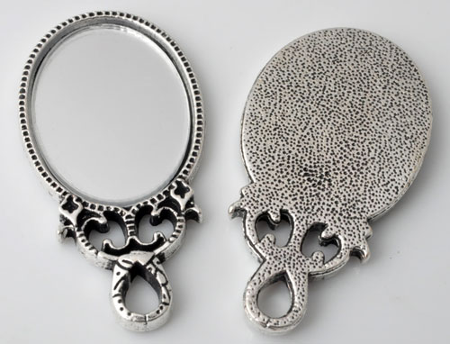 www.beadyourfashion.com - Metal pendants/charms mirror decorated ± 54x28mm