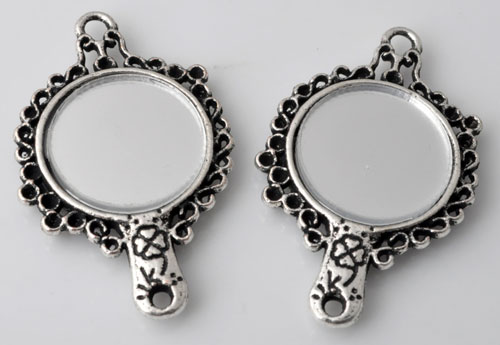 www.beadyourfashion.com - Metal pendants/connectors mirror decorated ± 41x25mm with 9 settings for SWAROVSKI ELEMENTS 1028/1088 PP14 (± 2mm) pointed backs