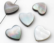 Shell bead heart ± 15x15mm ± 3mm thick