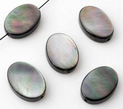 www.beadyourfashion.com - Shell bead oval ± 14x10mm  ± 3mm thick
