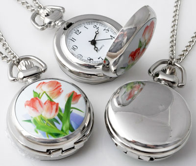www.beadyourfashion.com - Metal necklace ± 77cm with clock/watch decorated with ceramic with tulips ± 43x29mm