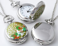 Metal necklace ± 77cm with clock/watch decorated with ceramic with peacocks ± 43x29mm