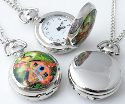 www.beadyourfashion.com - Metal necklace ± 77cm with clock/watch decorated with ceramic with bird-box ± 43x29mm