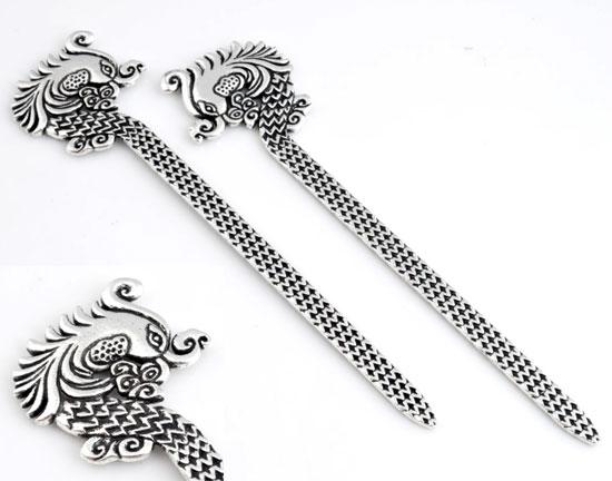 www.beadyourfashion.com - Metal bookmark decorated with bird ± 132x33mm