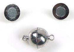 www.beadyourfashion.nl - Brass slotje/sluiting (messing) rond magnetisch, met 2 oogjes ± 15x10mm (oogje ± 2mm) (waarschuwing: niet voor mensen met een pacemaker)