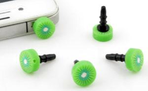 www.beadyourfashion.nl - Kunststof anti-dust plug voor mobiele telefoon met polymeerklei kraal fruit kiwi ± 17x10mm