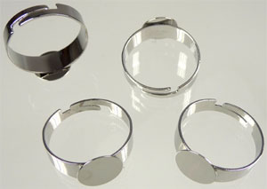 www.beadyourfashion.com - Metal fingerring for ± 10mm flat back, adjustable size ± 20x10mm (inner size ± 18-22mm)