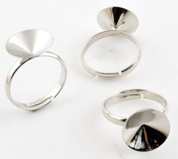 www.beadyourfashion.de - Brass Fingerring (Messing) ± 24x14mm, verstellbar (Innenmaß ± 17,5-21mm) mit Fassung für SWAROVSKI ELEMENTS 1122 ± 14mm Similistein