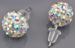www.beadyourfashion.nl - Metalen oorstekers met strass bol ± 10mm, ± 20mm lang, met kunststof dopjes