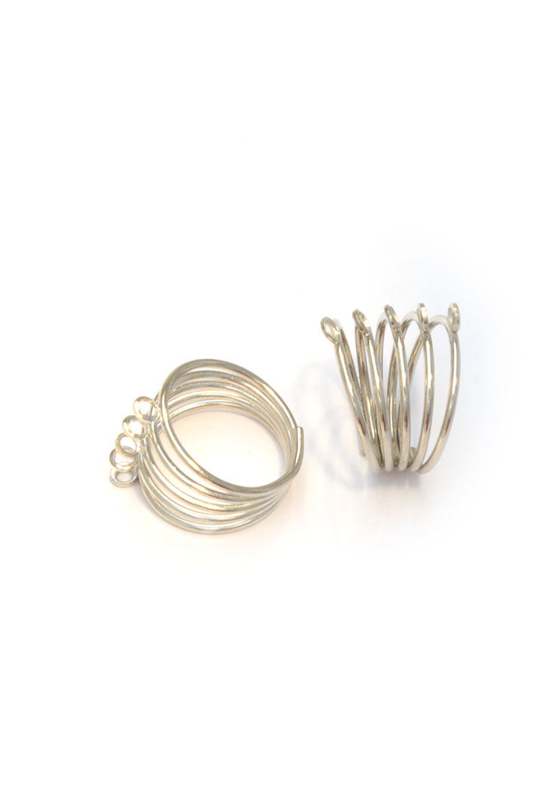 www.beadyourfashion.com - Finger ring with 5 coils and 5 eyes ± 24x21mm (inner size ± 18mm) (holes ± 2mm)