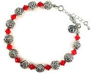 DoubleBeads Schmuckpaket Roses Armband, Innenmaß ± 20-25cm, mit SWAROVSKI ELEMENTS Perlen und diversen anderen Materialien (u.a. Metall Zubehör)