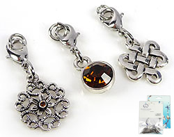 www.beadyourfashion.com - DoubleBeads Mini Jewelry Kit Mix & Match charms (set of 3 pieces) ± 28-34mm with SWAROVSKI ELEMENTS beads and metal accessories (can be combined with other DoubleBeads Mix & Match items)