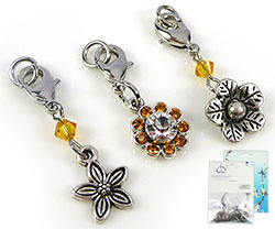 www.beadyourfashion.com - DoubleBeads Mini Jewelry Kit Mix & Match charms flowers (set of 3 pieces) ± 30-35mm with SWAROVSKI ELEMENTS beads and metal accessories (can be combined with other DoubleBeads Mix & Match items)