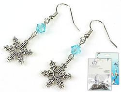 www.beadyourfashion.nl - DoubleBeads Mini Sieradenpakket oorbellen ± 4,5cm met SWAROVSKI ELEMENTS kralen en metalen hangers/bedels sneeuwvlok