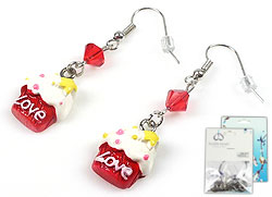 www.beadyourfashion.com - DoubleBeads Mini Jewelry Kit earrings ± 4,5cm with SWAROVSKI ELEMENTS beads and synthetic pendants/charms cupcake
