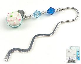 www.beadyourfashion.com - DoubleBeads Mini Jewelry Kit book mark ± 8,5cm with SWAROVSKI ELEMENTS beads and synthetic pendant/charm cupcake