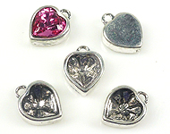 www.beadyourfashion.com - Metal charms heart-shaped