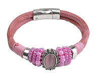 www.beadyourfashion.com - Spotlight: Armcandy